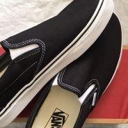 New Classic Black Slip-On Vans shoes