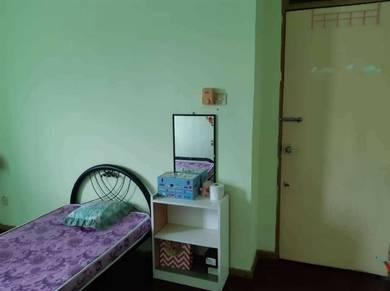 Room at Taman Indah Permai, Manggatal