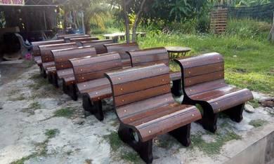 Kerusi batu taman