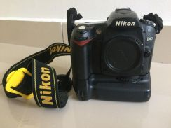 Nikon d90 + wide + kit lens + speedlite