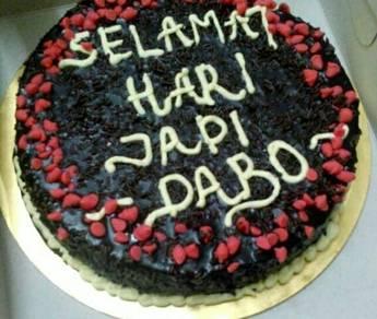 Tempahan kek birthday