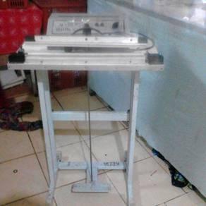 Sealler machine