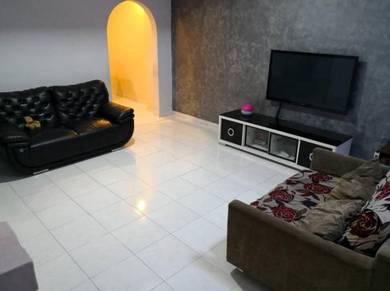 (FULL LOAN)Bukit Indah 2 storey Full Renovated