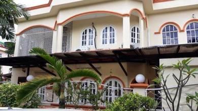 2 Storey CORNER LOT House, Partly Furnished, USJ 1, Subang Jaya
