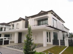 New 2sty ayer keroh 2400sf build up. no downpayment