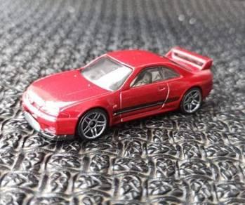 Hotwheels Nissan Skyline R33 Red