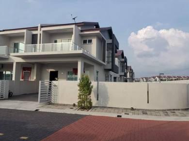 Corner 2 Sty House , Raintree Park , Pearl Residence