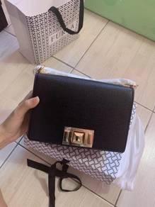 100% Original FURLA Sling Bag, come with box