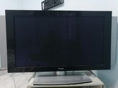 Pioneer plasma tv