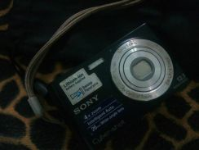 Sony 12.1 mp cybershot digital camera for sale