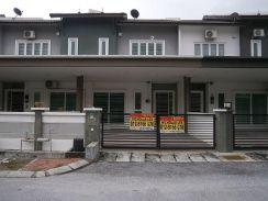 2 Storey House at Bandar Seri Botani