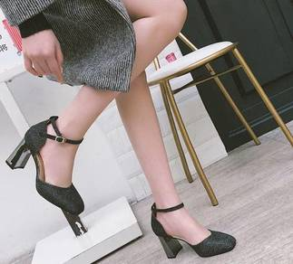 8008 New Spring and Autumn Hollow Heels Shoes