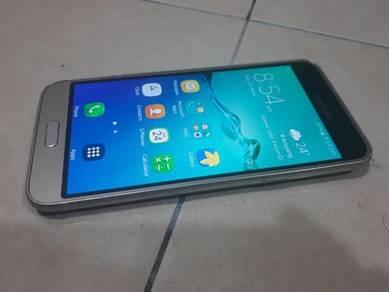 Samsung galaxy J3 4g lte like new