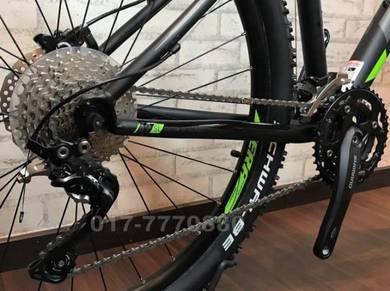 NEW Fuji Nevada 27.5ER 10SPD DEORE XT Bicycle Bike