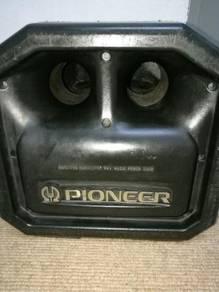 Woofer speaker pioneer