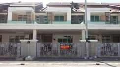 Nice Double Storey House at Taman Pengkalan 18, Gated & Guarded