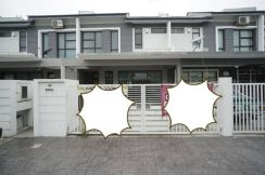 Double Storey Terrace House Puchong With Club House