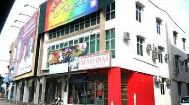 Corner Kedai Tingkat 2 depan Aeon station 18