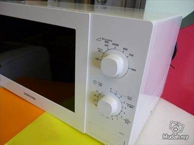 New SAMSUNG Microwave OVEN MW71b