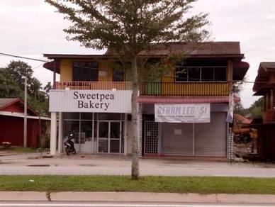 Rumah kedai tingkat bawah jalan durian burung manir