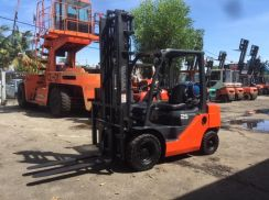 JAPAN Direct Imported TOYOTA 8FG 2.5 ton FORKLIFT