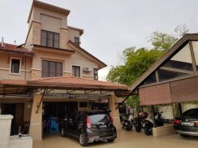 2.5 Storey Corner Lot Bandar Nusaputra