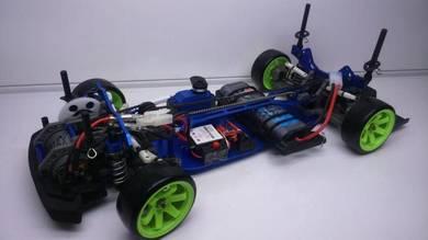 R/C Drift Belting Car type 1:10 scale RTR offer)