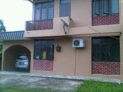 ROOM FOR RENT AREA SATOK KUCHING FOR FEMALE ONLY.HURRY!!!! ☺
