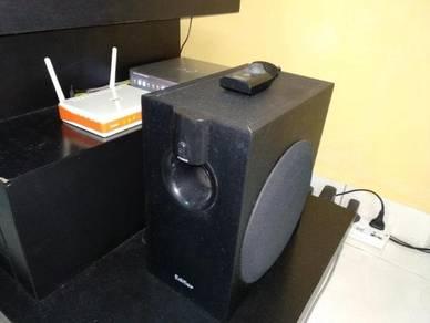 Speaker and amplifier - Edifier