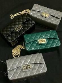 Handbag 4 set in 1