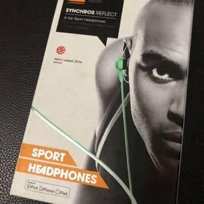 JBL in-ear headphones