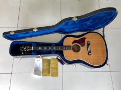 2006 Gibson Dove Artist Natural USA