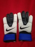 Preloved original nike football goal keeper glove