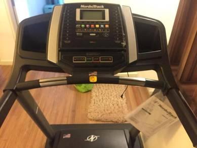 Nordic Track C220i Treadmill