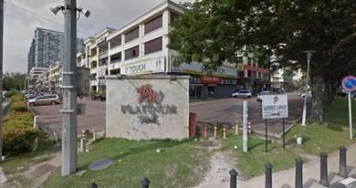 (ROI %) Platinum Walk Ground Floor Shop Lot Good invest beside mall