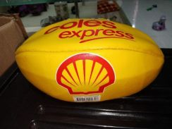 Shell rugby ball