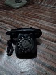 Telefon antik jnt