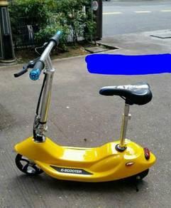 Kids 24v ecooter yellow