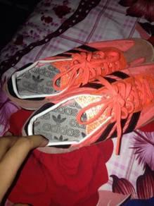 Kasut Adidas SL
