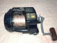 Electric reel ryobi adventure vs700 L