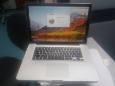 Mac Book Pro Intel core i7