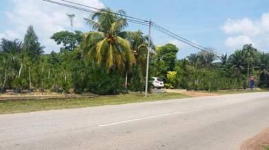 5.8ekar Tepi Jalan Raya Di Johor-Batu Pahat-Jalan Sri Medan