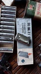 Lighter antik chrome