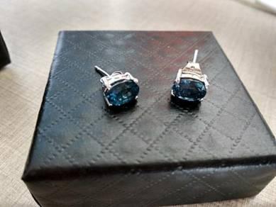 Blue gem earing