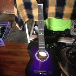 Gitar untuk dilepaskan