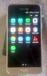Samsung J3 Duos 2016