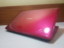 Asus A556U ,i5 6th, Red,Nvidia 930M Gaming