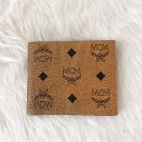 Authentic Modern Creation Munchen bifold wallet