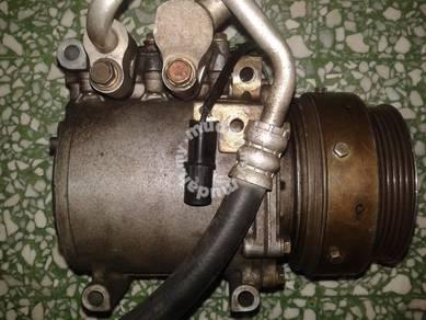 Air cond compressor mitsubishi 4g91 92 93