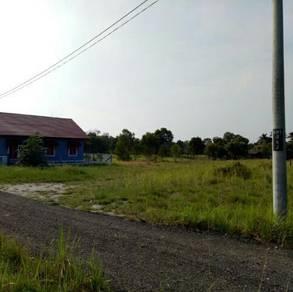 Tanah Lot Banglo Depan Asrama PERKAYA, P. Kerengga